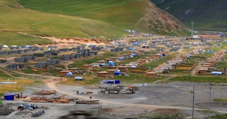 Figure 5: Nomads settlement Sershul in Kham (2010). Picture © EDD-DIIR
