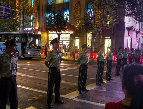Chinese police block Shaanxi Nan Lu. Shanghai, September 13, 2009. Photo credit: JoopDorresteijn.