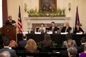Panel 1 © NYU Photo Bureau: Hollenshead