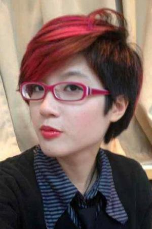 (China's Feminist Five) Zheng Churan, detained March 6, 2015, released April 13, 2015, still subjected to restrictions on movement and communications.