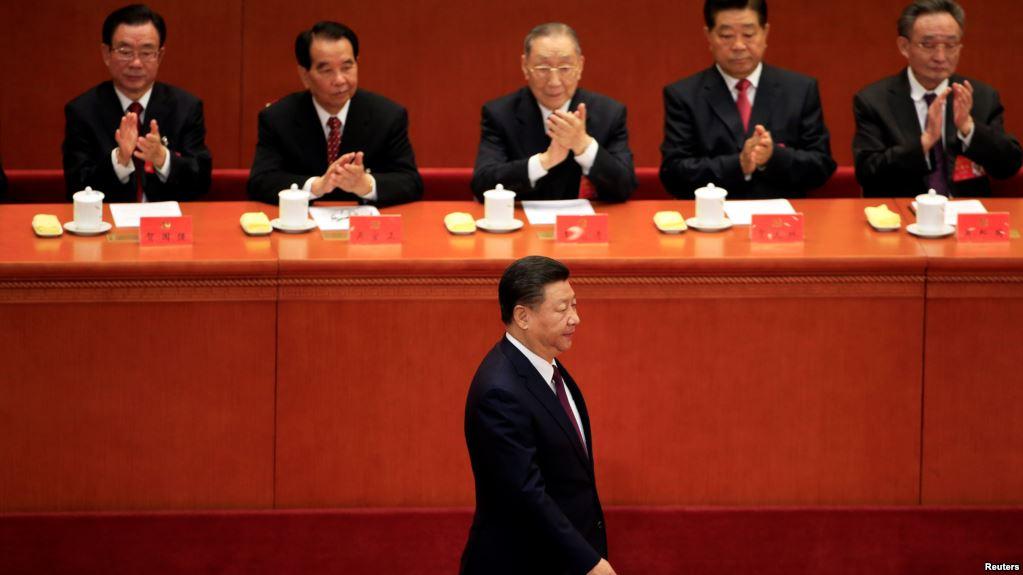 中国国家主席习近平出席十九大会议