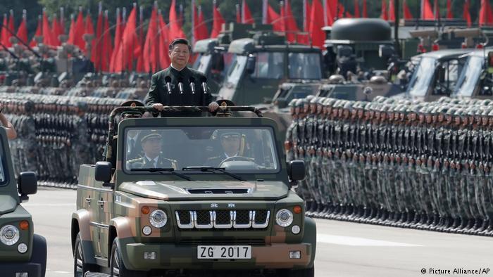 China Militär-Parade in Honh Kong für Xi Jinping (Picture Alliance/AP)